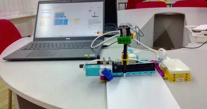 Lego Spike Prime в учебных опытах по физике